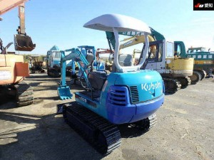 KUBOTA POWER SHOVEL K-025